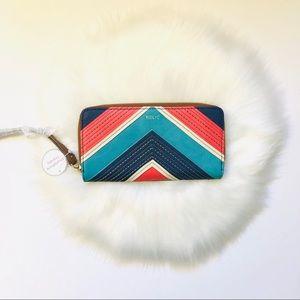 RELIC Smartphone Wristlet Wallet